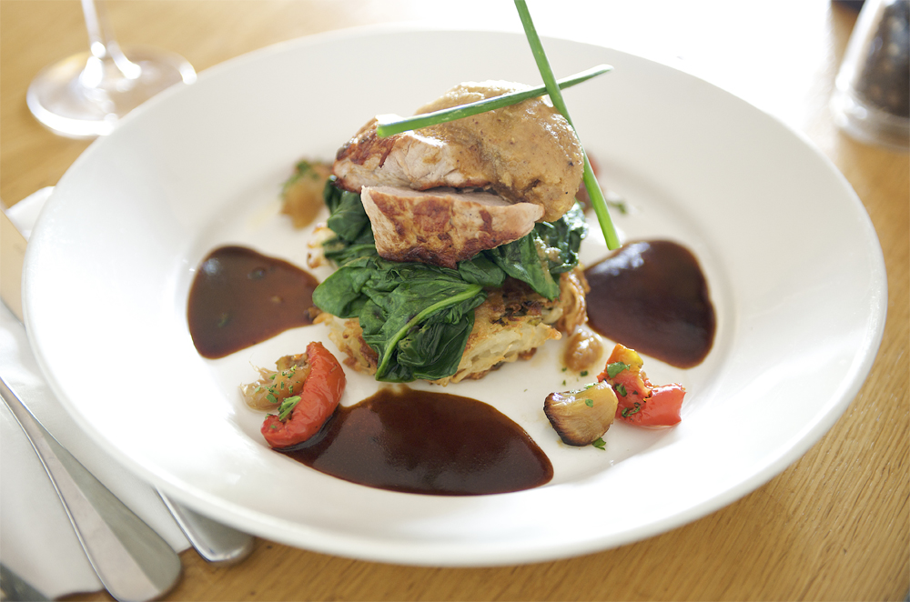 Food photography of a chicken dish for a cambridge pub