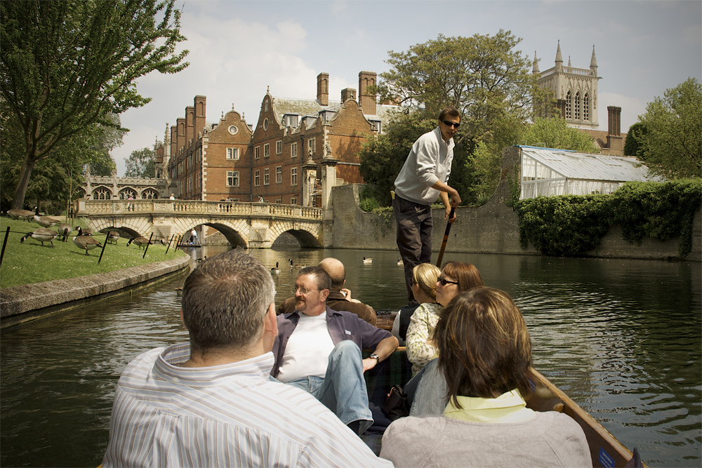 A Scudamores chauffeur takes a tour on the river cam
