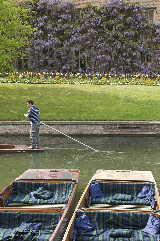 Photo shoot for Scudamores Punting Company Cambridge by photographer Richard Bowring (6)